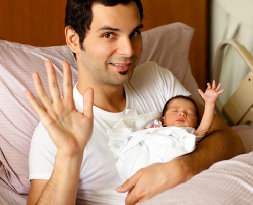 """Wochenbett – die """"Geburt der Familie"""